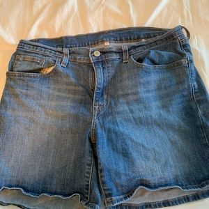 Levi's shorts size 31 for women